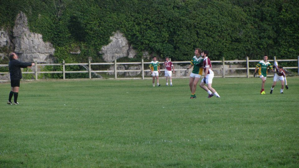 spot the ball! Throw in of the final, clare island v inishbofin