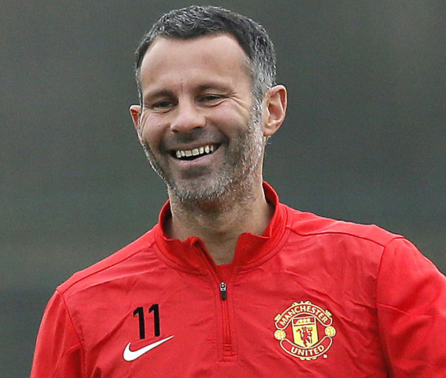 Ryan Giggs Won't Be Leaving Man United Any Time Soon