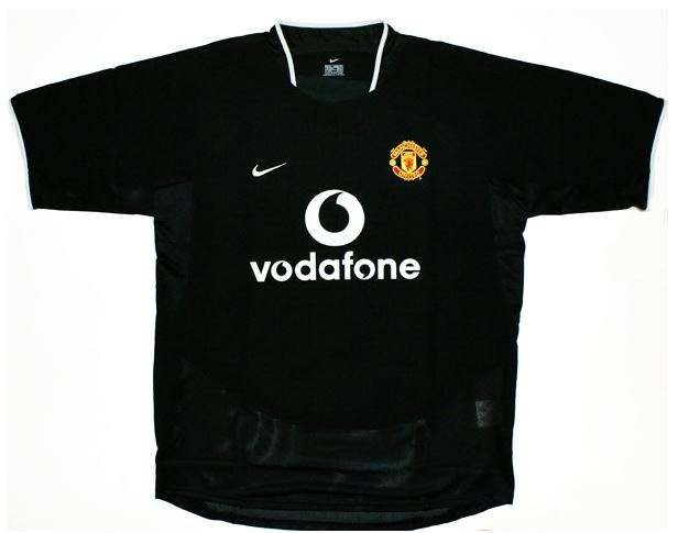 Manchester United Are Back In Black As Classy New Third Kit Is ...