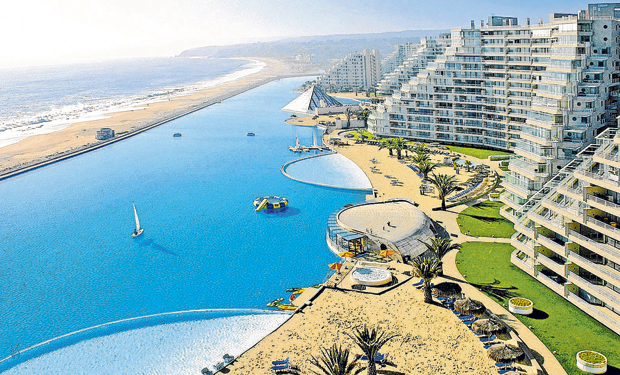 The biggest swimming pool in the world is actually for Piscina chile