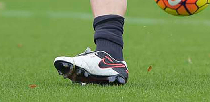 2613d1ed0b1a Francesco Totti's One-Of-A-Kind Nike Tiempo Boots With The Tongue ...