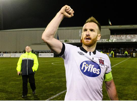 1 September 2015; Stephen O'Donnell, Dundalk, celebrates at the end of the game. SSE Airtricity League Premier Division, Dundalk v Shamrock Rovers, Oriel Park, Dundalk, Co. Louth. Picture credit: David Maher / SPORTSFILE