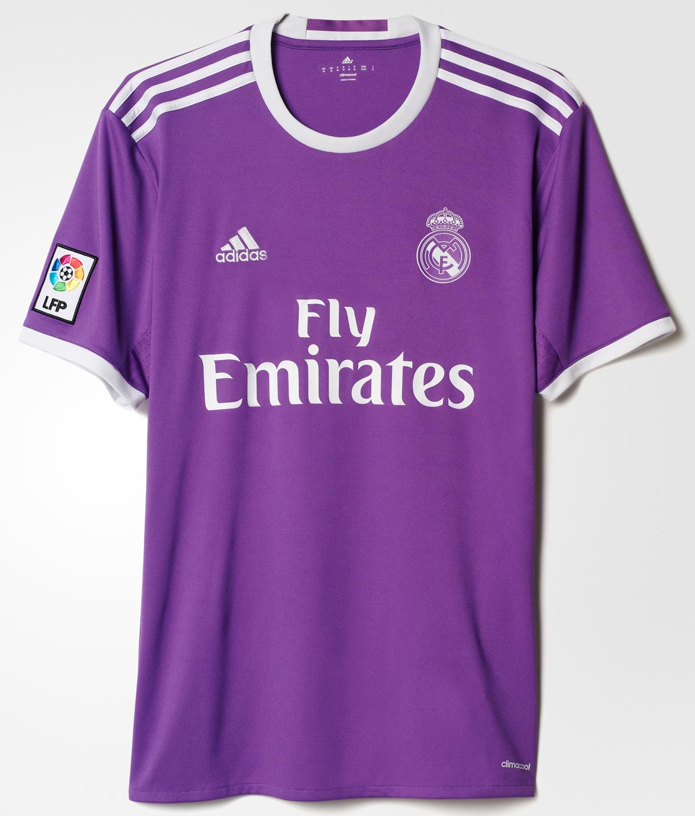 47b3d8ae3d7ce Bayern s Beautiful Away Jersey The Best Of The Bunch As Adidas ...