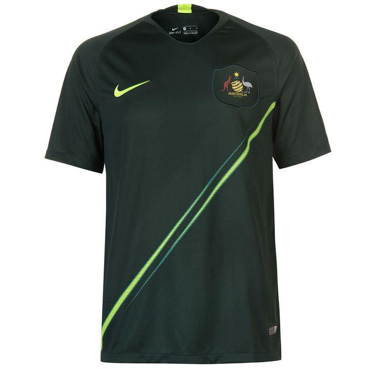 d05ab19b00e Something about dark green on a jersey turns me off, and the curious sash  doesn't really add anything to the Aussie's away kit.