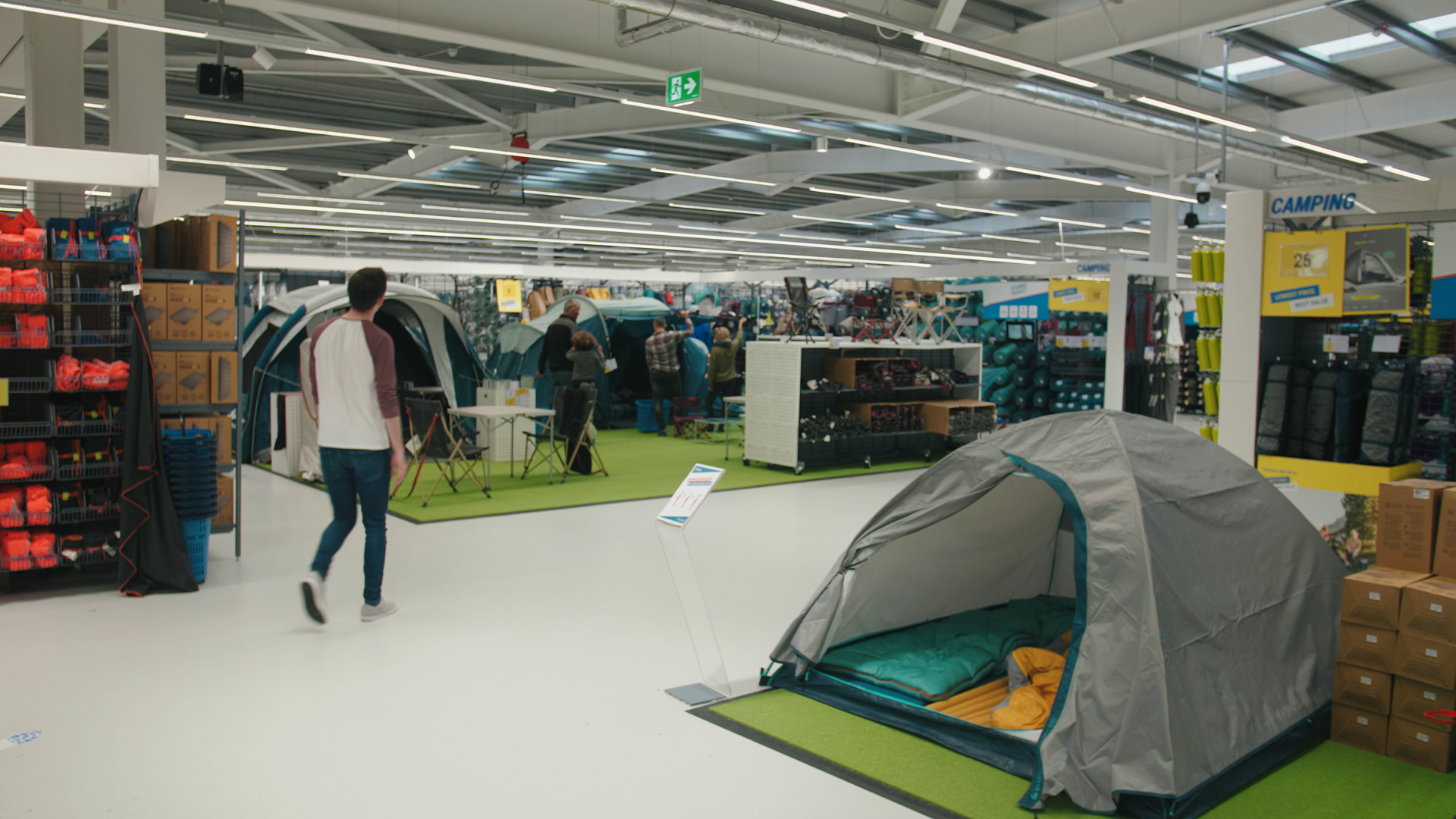 Dublin S New Decathlon Sports Store Is A Completely New Shopping Experience Balls Ie